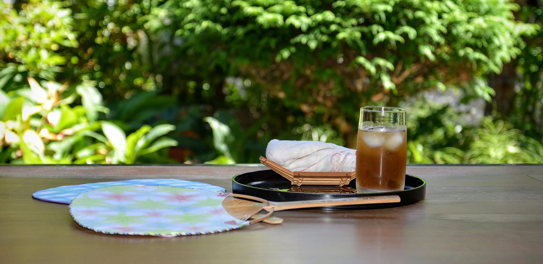 麦茶と縁側